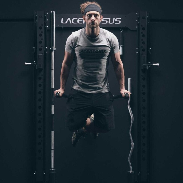 La DIP pieghevole #Lacertosus coniuga robustezza e semplicità di utilizzo 💪🇬🇧 The #Lacertosus folding DIP combines strength and ease of use#garagegym #lacertosusequipment #garage #home #fitness #gym #wortkout #motivation #training #foldable #pocospazio #salvaspazio #foldable #dip #pullups #rack #panca #kettlebell #dumbells #functionaltraining #bodybuilding #crosstraining #pavimentogommato #dipfoldable #allenamento #palestra #palestraitalia #palestraincasa💻Web: www.Lacertosus.com ✉Preventivi e informazioni: info@lacertosus.com 🚚Trasporti attivi in tutta Italia ed estero ➡️Taggaci nelle tue foto @lacertosus_equipment