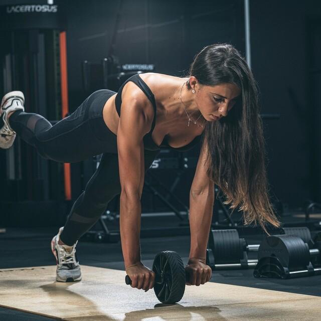 🇬🇧 If you want you can, with Lacertosus you can train your core muscles belt with a single product AB CORE WHEEL💯   🇮🇹 Se vuoi puoi, con Lacertosus puoi allenare tutta la fascia addominale con un solo prodotto AB CORE WHEEL 💯   #lacertosus #lacertosusequipment #lacertosustyle #homegym #hometraining #training #homefitness #garagegym #workout #workoutmotivation #madeinitaly #quality #design #equipment #abcorewheel #abwheel    💻Web: www.Lacertosus.com ✉Preventivi e informazioni: info@lacertosus.com 🚚Trasporti attivi in tutta Italia ed estero ➡️Taggaci nelle tue foto @lacertosus_equipment